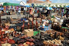 Top 10 Reasons to visit Zambia... I love the market at the end! Looks really cool!