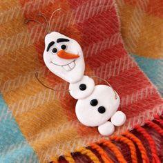 der lustige Schneemann Olaf von Disney aus Salzteig