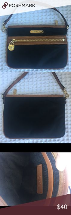 Michael Kors bag Michael Kors wristlet almost new . Used maybe three times Michael Kors Bags Clutches & Wristlets