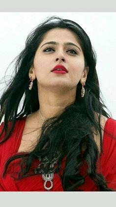 Anushka Shetty Beautiful HD Photoshoot Stills Beautiful Lips, Beautiful Girl Photo, Beautiful Girl Indian, Most Beautiful Indian Actress, Beautiful Women, Beautiful Bollywood Actress, Beautiful Actresses, Beauty Full Girl, Beauty Women