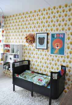 sylvester's room tour// fawn blog