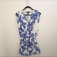 Jessica Simpson flower dress! Jessica Simpson patterned dress. Super cute and perfect with wedges! Great for spring and summer. Barely worn. Jessica Simpson Dresses