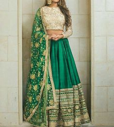 Trendy Ideas For Wedding Indian Gowns Receptions Bridal Lehenga Indian Lehenga, Green Lehenga, Indian Gowns, Indian Attire, Indian Wear, Lehenga Choli, Indian Party Wear, Indian Suits Punjabi, Indian Bridal Wear