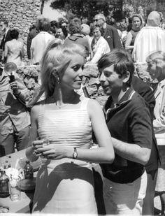Catherine Deneuve and Roman Polanski. - 8x10 photo
