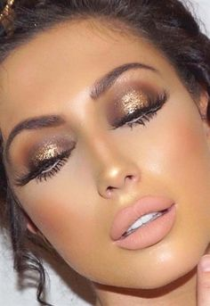 Women is close to make up. They crazily love to do make up since it adds attractiveness of the whole … Glam Makeup Look, Gorgeous Makeup, Love Makeup, Makeup Inspo, Makeup Inspiration, Makeup Ideas, Sultry Makeup, Tan Skin Makeup, Bronze Makeup Look