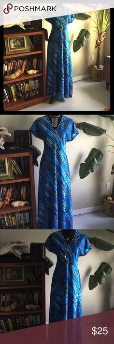 Vintage 70s Blue Printed Classic Maxi Dress S/M Vintage 70s Blue Printed Classic Maxi Dress S/M. No tags. Good Vintage Condition. Authentic Original Vintage Style Dresses Maxi