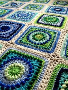 Crochet BabyLove Brand Textured Circles Blanket - Toddler/Throw/Lap Custom color/size - Blue and green decor Crochet Squares Afghan, Crochet Blocks, Crochet Borders, Crochet Motif, Crochet Stitches, Knit Crochet, Crochet Patterns, Block Patterns, Granny Square Patterns