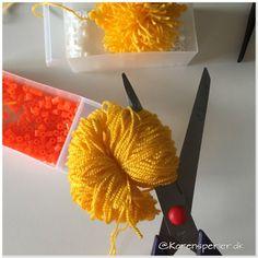 - Perleinspiration til børn og voksne Hama Beads Design, Melting Beads, Crafts, Home Decor, Hama Beads Patterns, Plants, Pouch Bag, Threading, Melted Beads