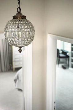 Sophie Paterson Interiors Crystal very cool. Hallway Chandelier, Foyer Lighting, Globe Chandelier, Chandeliers, Antique Chandelier, My Home Design, House Design, Home Remodeling, Lights