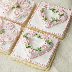 Learn the secrets to constructing a royal icing scratched piped primrose tufted heart on a sugar cookie Flower Cookies, Heart Cookies, Iced Cookies, Cute Cookies, Royal Icing Cookies, Cupcake Cookies, Sugar Cookies, Cookies Et Biscuits, Cupcakes