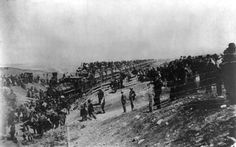Caldwell - Rock Island train at state line, Sept. 16, 1893. Opening of the Cherokee Strip.jpg (500×313)