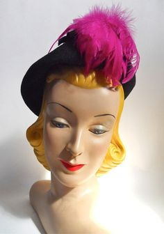 Black Felted Magenta Feather Topped Hat circa 1940s - Dorothea's Closet Vintage