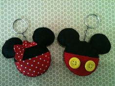 Mickey E Minnie Mouse, Fiesta Mickey Mouse, Mickey Mouse Birthday, Disney Diy, Disney Crafts, Cute Sewing Projects, Sewing Crafts, Felt Crafts, Diy And Crafts