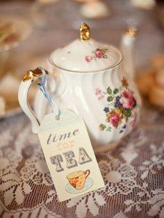 Coffee Time, Tea Time, Cuppa Tea, Teapots And Cups, My Cup Of Tea, Chocolate Pots, Vintage Tea, Vintage Farm, High Tea