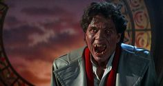 Tom Holland, Movies Must See, Movies And Tv Shows, Funny Scary Movies, Chris Sarandon, Best Halloween Movies, Espanto, Vampire Love, Actor Studio