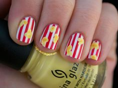 Pay homage to vintage popcorn boxes with this cute manicure from Nailed It.