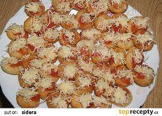 langoše potíráme kečupem s česnekem a sýrem Potato Salad, Cauliflower, Macaroni And Cheese, Shrimp, Quiche, Pizza, Brunch, Food And Drink, Cooking Recipes