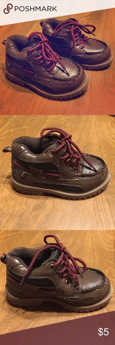 *SALE*Osh Kosh toddler size 8 shoes Gently used Osh Kosh size 8 toddler shoes/boots Osh Kosh Shoes Boots