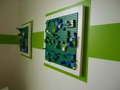 Green Lego base plates repurposed as art! If the kid gets bored, they can just change it out. Fuels their own creativity to see their work up on the walls all fancy and such. Love this idea! Would you like this on your wall Ryan? Lego Bedroom, Kids Bedroom, Boy Bedrooms, Lego Hacks, Lego Base Plates, Lego Storage, Toy Rooms, Lego Creations, Playroom