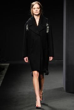 No. 21 Fall 2014 Ready-to-Wear Fashion Show - Ine Neefs