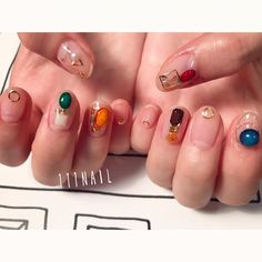 Having short nails is extremely practical. The problem is so many nail art and manicure designs that you'll find online Trendy Nail Art, Stylish Nails, Soft Nails, My Nails, Stone Nail Art, Queen Nails, Nail Jewels, Nail Manicure, Nail Inspo