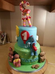 Isn't that a pip! In the night garden Cake by lisa-marie green