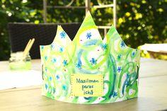 Askarteluvinkki alakouluun: isänpäivän kruunu tärkeälle ihmiselle Christmas Ornaments, Holiday Decor, Cake, Home Decor, Decoration Home, Room Decor, Christmas Jewelry, Food Cakes, Cakes