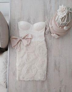 Mihano Momosa bridal shower