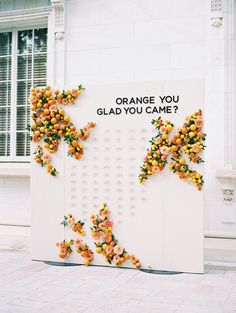 Perfete Trend: Citrus Party Decor Ideas for your Summer Soiree – Perfete Sommerhochzeit Sitzplan Seating Chart Wedding, Seating Charts, Orange Wedding, Summer Wedding, Autumn Wedding, Orange You Glad, Wedding Signage, Wedding Reception, Ballroom Wedding