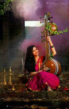 Kerala Wedding Photography, Baby Girl Photography, Portrait Photography Poses, Indian Photography, Photography Editing, Portraits, Beautiful Girl Indian, Beautiful Girl Image, Beautiful Saree