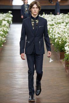 Dior Homme - Men Fashion Spring Summer 2016 - Shows - Vogue.it