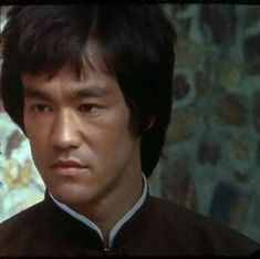 Image may contain: 1 person Bruce Lee Kung Fu, Bruce Lee Photos, Enter The Dragon, King Of Kings, Action Movies, Old Pictures, Karate, Martial Arts, The Man