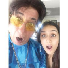 Shraddha Kapoor clicks a selfie with her father Shakti Kapoor on his birthday.