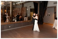 Intimate Chicago Illinois Wedding at Sepia Restaurant