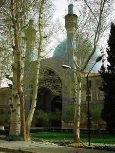 Esfahan, Iran / Isfahán o Ispahán es la capital de la provincia de Isfahán y la tercera ciudad más grande de Irán.
