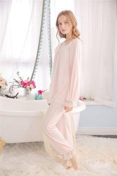 Style Fabric Ultra soft gauze Lining Modal Top size Length Bust Sleeves S = 65 cm - = 88 - 92 cm = 64 cm M = 69 cm - = 92 - 96 cm = 65 cm L = 73 cm - = 96 - 100 cm = 66 cm XL = cm - = 100 - 104 cm = 67 cm Pants Size L Night Suit, Night Gown, Night Wear, Womens Pjs, Night Dress For Women, Pajamas Women, Lolita Fashion, Asian Fashion, Suits For Women