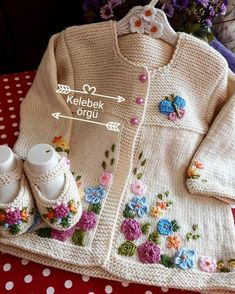 Latest Stylish Crochet Kids Dresses Designs 2019 - Fashion Design Now Crochet Baby Sweaters, Crochet Baby Cardigan, Knitted Baby Clothes, Knit Crochet, Knitting For Kids, Baby Knitting Patterns, Crochet For Kids, Baby Patterns, Crochet Pikachu