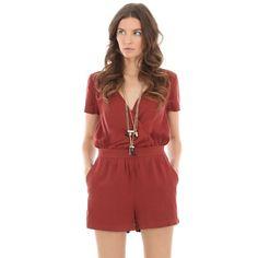 http://www.pimkie.fr/pantalons-femme/combinaison-salopette/combi-short/360A03/p166636.html