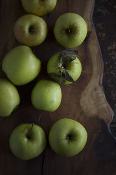 #Dark #Moody #Minimal Mutsu #apples on applewood board #FoodPhotography #100mm #50mm #Foodblog #Food #Photography #photoshoot