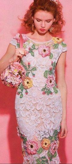 Платье с пионами крючком