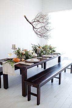 Sweet Little Peanut   Stunning organic Thanksgiving table! Easy DIY to create gorgeous floral + pumpkin centerpieces!