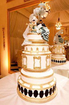Nicole Richie & Joel Madden\'s gilded wedding confection from Cake Opera Co. #WeddingCake