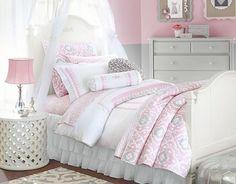 romantisches himmelbett für mädchen-wandgestaltung in dezentem rosa-weiß