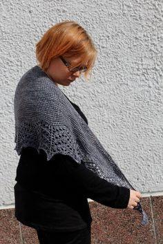 Titanium huivi Knitting Accessories, Mittens, Lace Tops, Scarves, Knit Crochet, Fingerless Mitts, Scarfs, Tricot Crochet, Bandanas