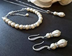 Bridal jewelry  3 piece SET  Ivory / Cream by QueenMeJewelryLLC, $89.99