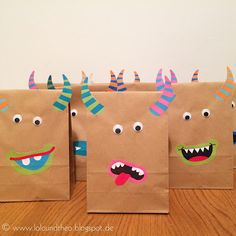 Lots of DIY Monster party ideas (in German) including these party favour bags!