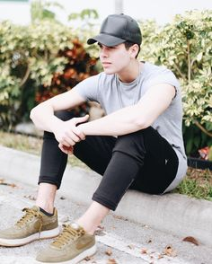 Parte 2 from the story Impossible (Zabdiel de Jesús- CNCO ) by CoraimaGuru (Coraima Guru) with 672 reads. Just Pretend, Celebrity Outfits, My King, Boy Bands, Fangirl, Mens Sunglasses, Guys, Celebrities, Instagram Posts