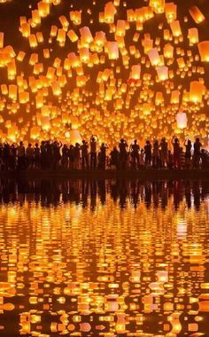 Festival of Lights, Thailand - wow, just wow...
