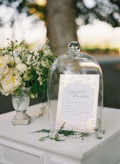 Photography: Tec Petaja - www.tecpetaja.com  Read More: http://www.stylemepretty.com/2015/04/09/art-deco-beaulieu-garden-wedding/