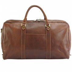 Gosto Unisex travel bag in hard cow leather - 7501 - Leather Bags - Travel in fine style with the understated Gosto. In luxuriously soft leather, its generous interior and practical shoulder strap make it a sleek co Leather Handbags, Leather Wallet, Leather Bag, Trendy Handbags, Fashion Handbags, Dark Brown Color, Cow Leather, Italian Leather, Evening Bags